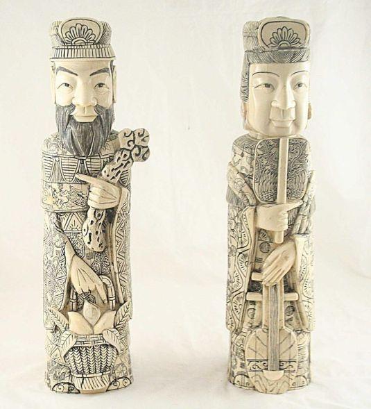 bone botellas japonesas s.XIX rey y reina
