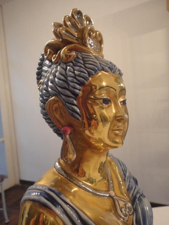 Rostro de la diosa oriental de Edoardo Tasca