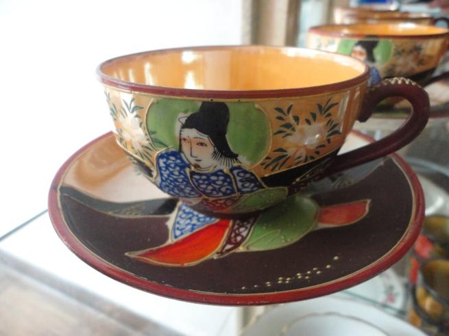 Taza y plato de té de ceramic Satsuma