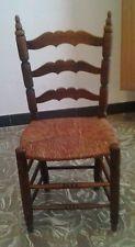 Antigua silla con asiento de enea