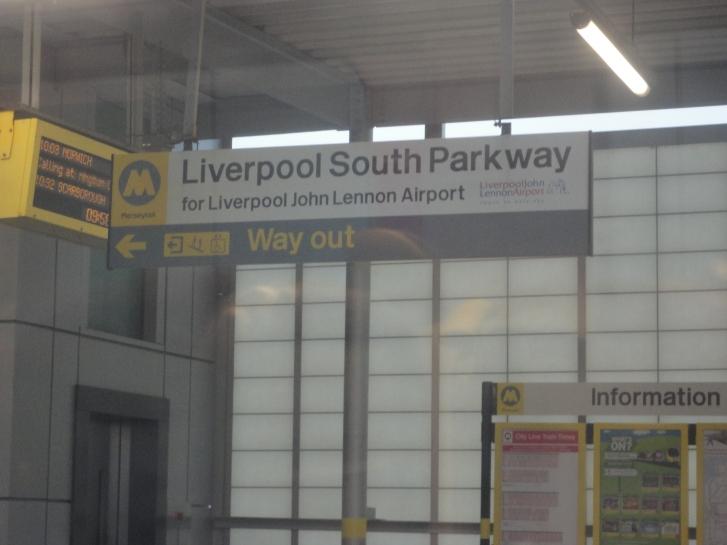 Cartel Liverpool John Lennon Airport