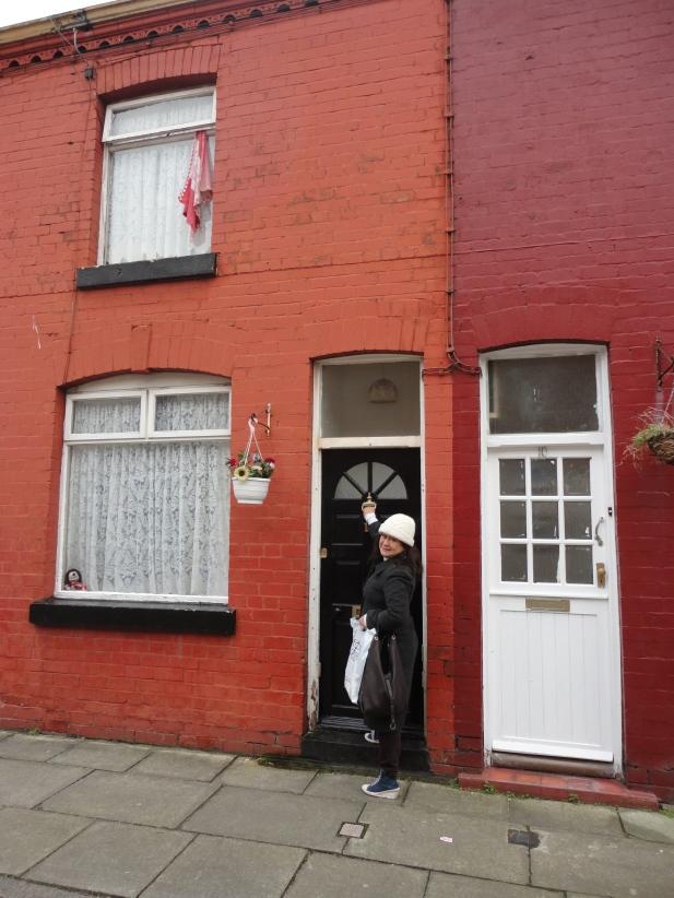 Casa en que vivió su infancia George Harrison en Liverpool.