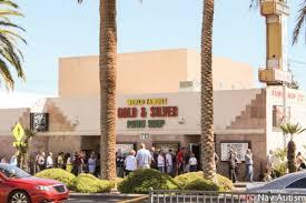 """Tienda """"Pawn Sop"""" en Las Vegas, Nevada."""