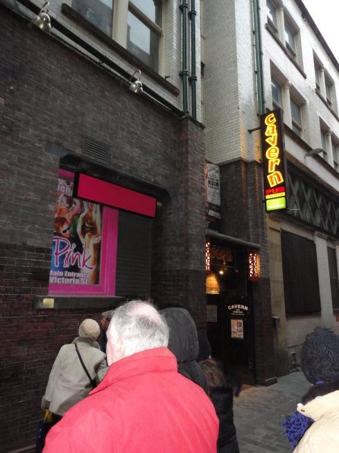 Frontis de The Cavern Pub.
