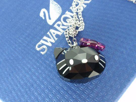 helllo kitty sarovski pendant