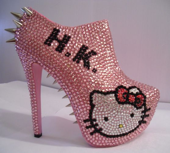 hello kitty shoes pink