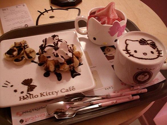 hello-kitty_cafe_042813 seul korea