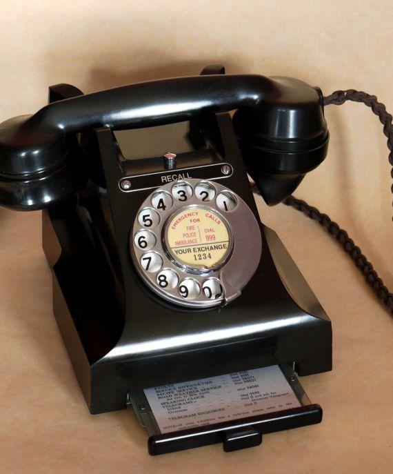 bakelite telephone 1954