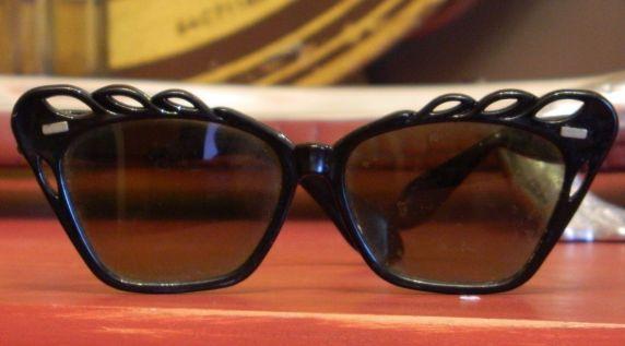 bakelite willson glasses