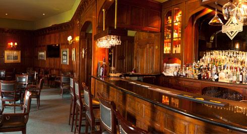 hotel country club bar inglés