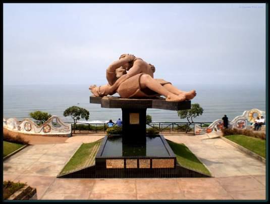 monumento a los enamorados