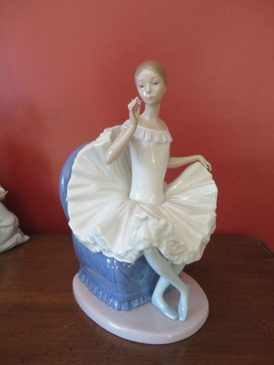 Bailarina de porcelana espanola Lladro, de los '90.
