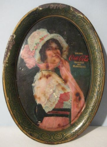 Azafate de latón pintado a mano. 1900.