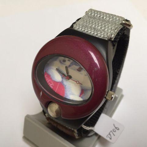 Reloj pulsera con baterías, 1990.