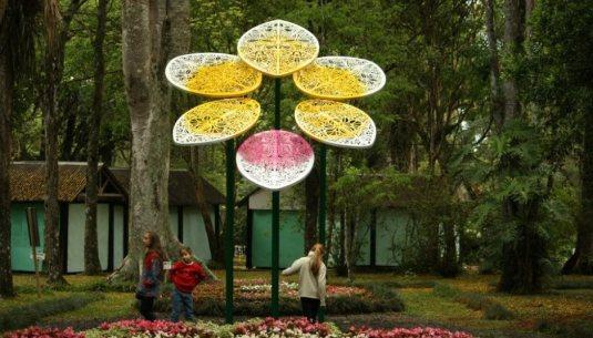 Escultura Orquídea Eterna, Misiones - Argentina.