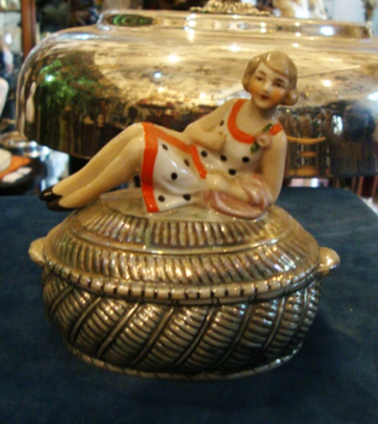 ART DECO GERMANY PORCELAIN OVAL PILL BOX W FIGURINE