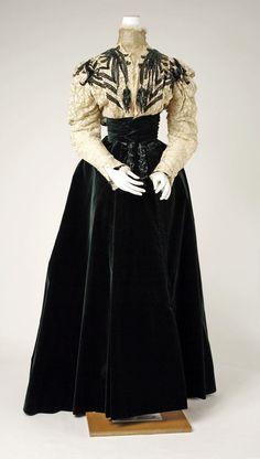 Vestido de la Casa Worth, Londres 1890.