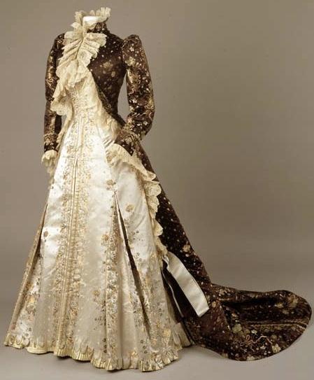Vestido de la Casa Worth, Londres, 1890.