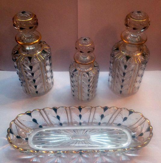 Vanity set de cristal baccarat. Francia, 1930.