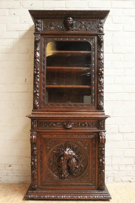 caza mueble frances para articulos de caza madera roble y talla en alto relieve 1850