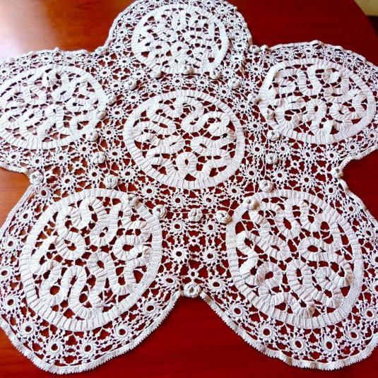 crochet centro de mesa francés en hilo irlandés 50s