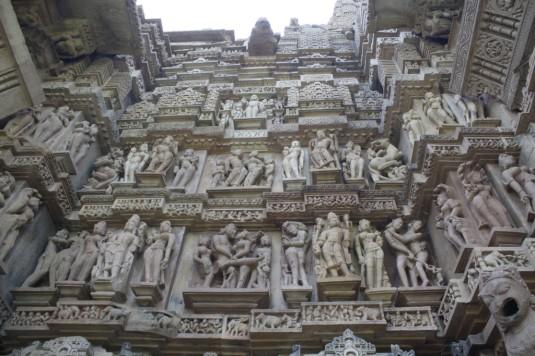 eros esculturas eroticas templo de khajuraho india