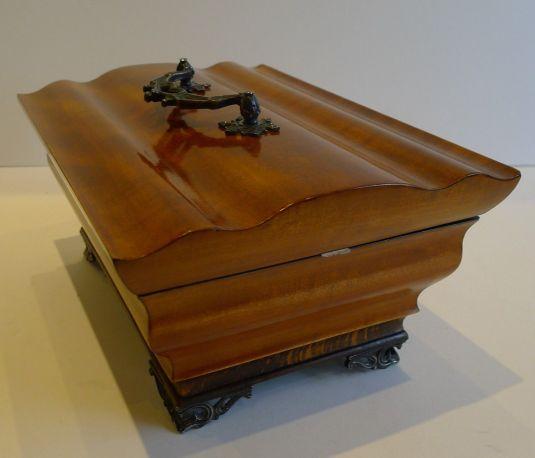 caja de costura Francia 1820