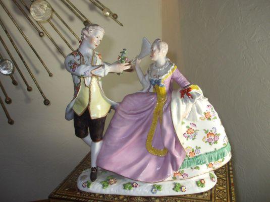 figura porcelana Dresden coqueteo Alemania 1902