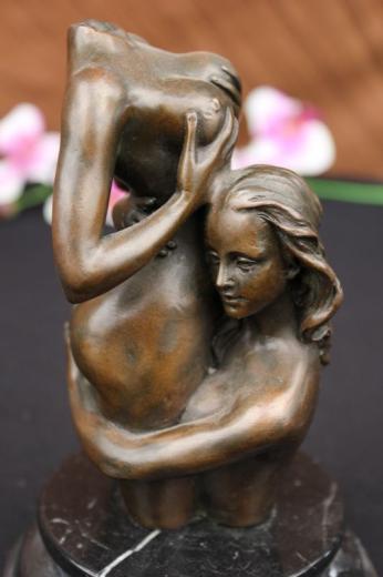 gay lesbiana escultura de bronce alemania 1950