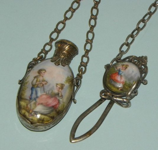 metal esmaltado French  Vienna Austrian Silver Enameled Perfume Scent Bottle Chatelaine 1850