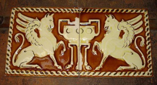 mayólica art nouveau animal mitológico Alemania 1900
