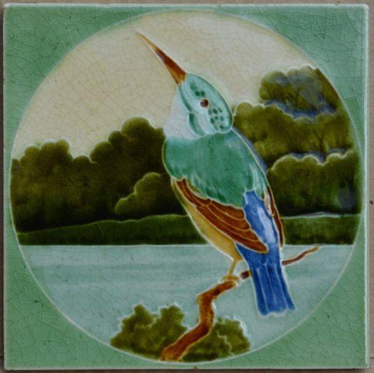 mayólica art nouveau fabricada por T & R Roote Inglaterra 1905