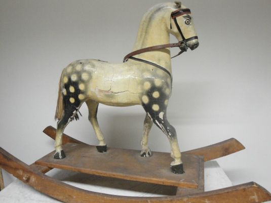 caballo-mecedora-de-madera-alemania-1850