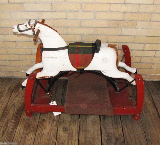 caballo-mecedora-de-madera-estados-unidos-1818