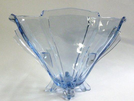florero-abanico-art-deco-de-vidrio-celeste-francia-1920