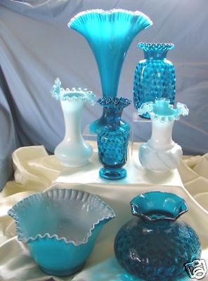 florero-abanico-grupo-fenton-glass-co-de-vidrio-turquesa-usa-1950