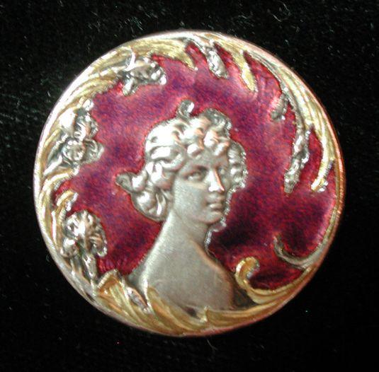 boton-esmaltado-de-plata-retrato-estilo-art-nouveau