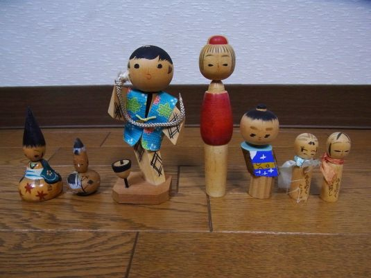kokeshi-grupo