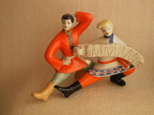 porcelana-danza-rusa-de-la-fabrica-de-porcelana-rusa-pzhk-1970