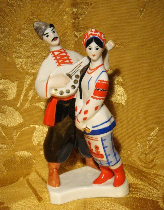 porcelana-danza-ucraniana-porcelana-sovietica-kiev-1950