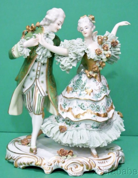 porcelana-danza-victoriana-porcelana-alemana-volkstedt-dresden-1940