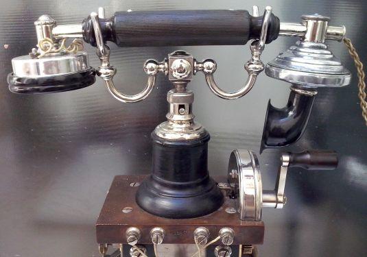 telefono-skeletal-foto-2