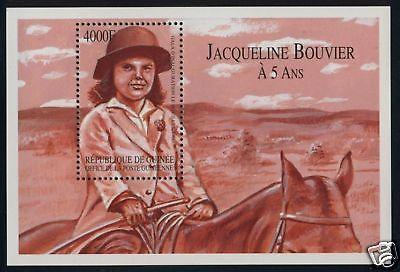 jackie-postal-de-jackie-cuando-tenia-5-anos-montando-a-caballo
