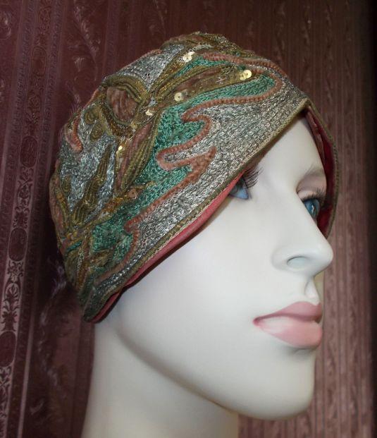 lentejuelas sombrero bordado en seda y lentejuelas