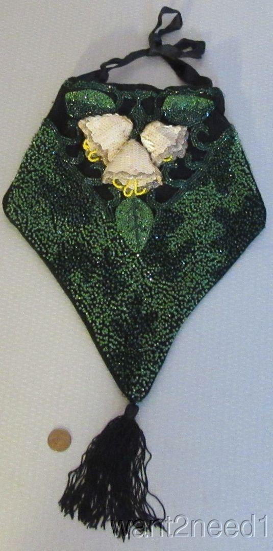 lentejuelas vanité bordado de mostacillas verdes y flores blancas de lentejuelas