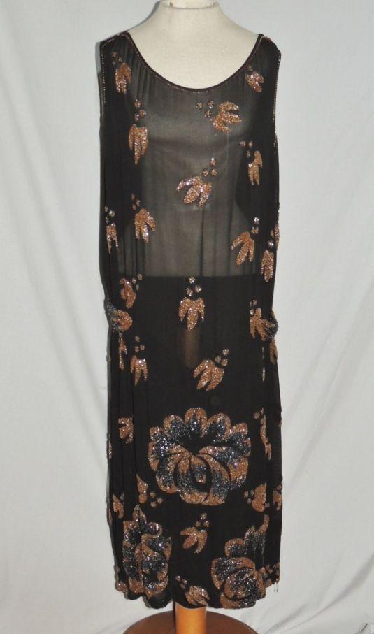 lentejuelas vestido de chifón negro con bordado de flores con lentejuelas