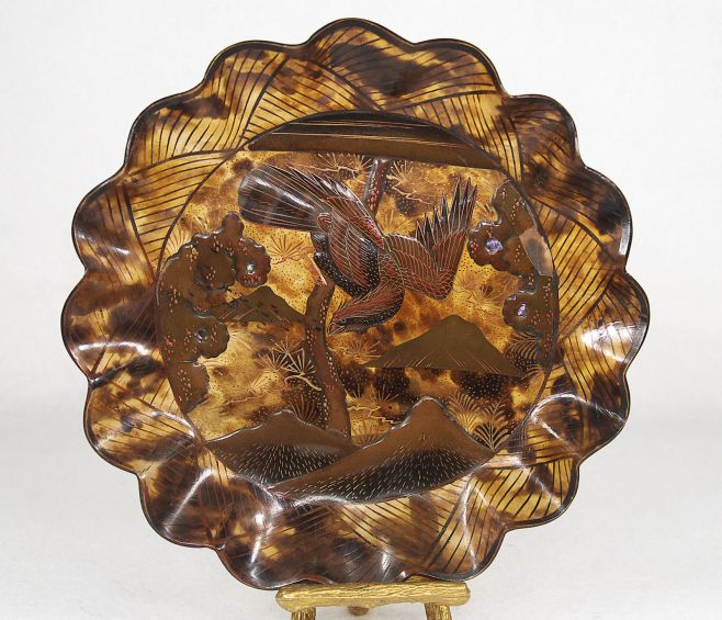 carey plato tallado de carey Periodo Meiji Japon 1869