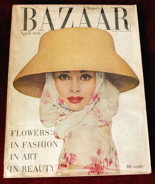 Audrey Hepburn revista Harper's Bazaar de Abril 1956 foto por Richard Avedon Very Nice