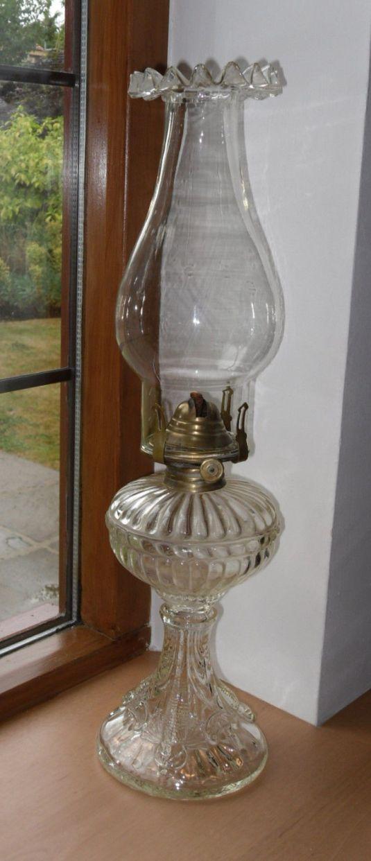 lamparín victoriano de vidrio transparente, fabricado en Inglaterra