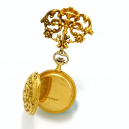 Reloj de bolsillo para dama elaborado en oro de 18K marca Patek Philippe para Tiffany & Co. Estados Unidos 1890.